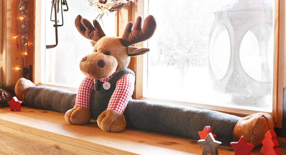 Игрушки от сквозняков или подоконные игрушки