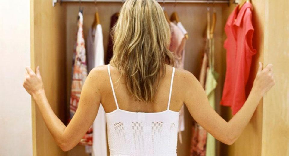 """Как избавиться от запаха в шкафу с одеждой: скажите """"нет"""" измучившей затхлости"""