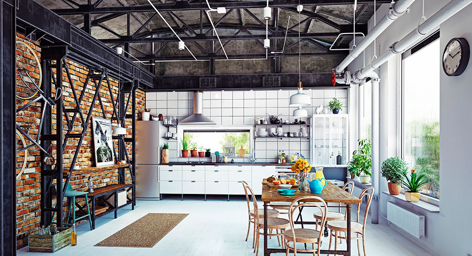 Красиво оформляем потолок на кухне
