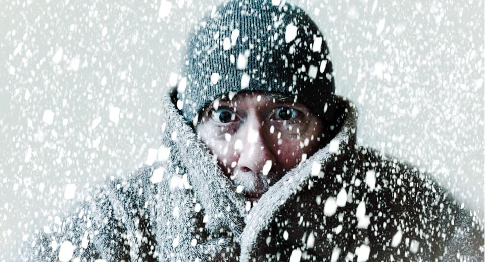 Как не замерзнуть зимой на улице: узнаем секреты зимнего гардероба и учимся «выживать»