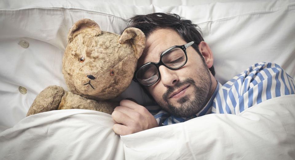 Оптимальная продолжительность сна для мужчины thumbnail