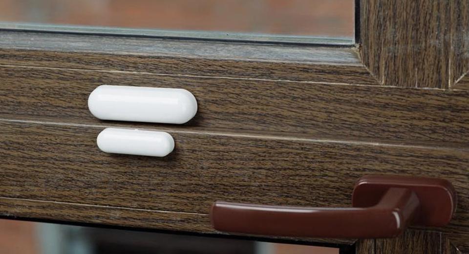 За семью замками: датчик открытия дверей и окон в Вашем доме